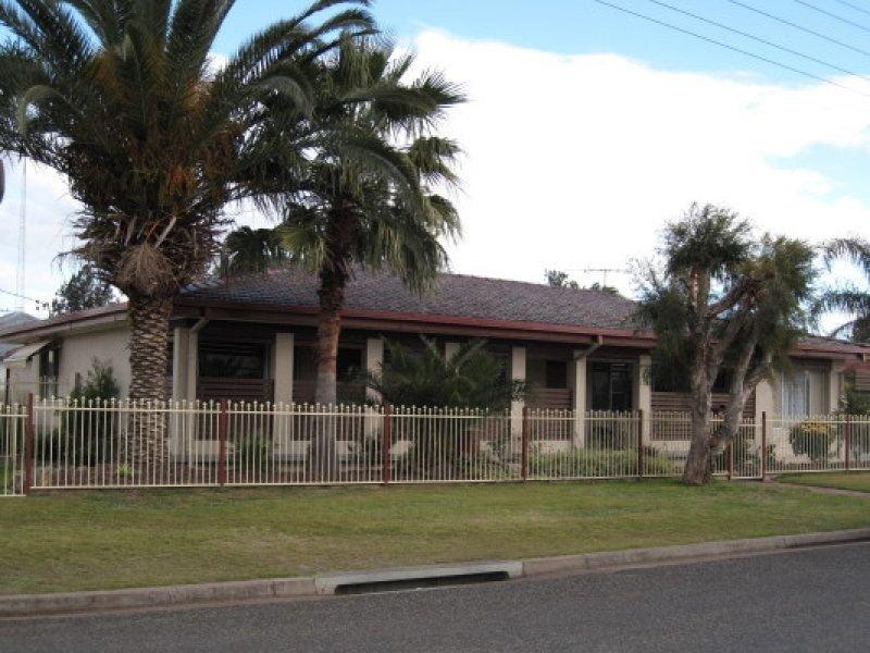 17 Anzac Avenue, Cessnock, NSW 2325