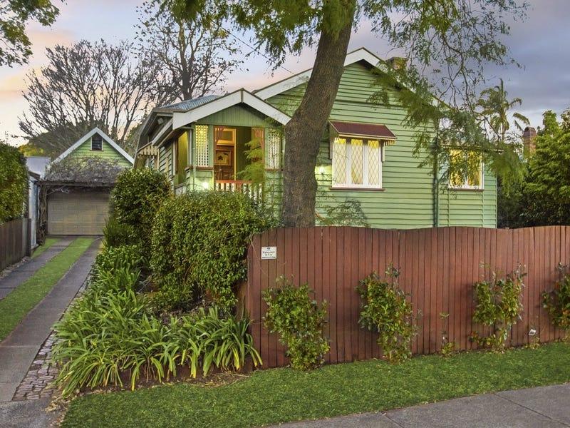 122 Mackenzie Street, East Toowoomba, Qld 4350