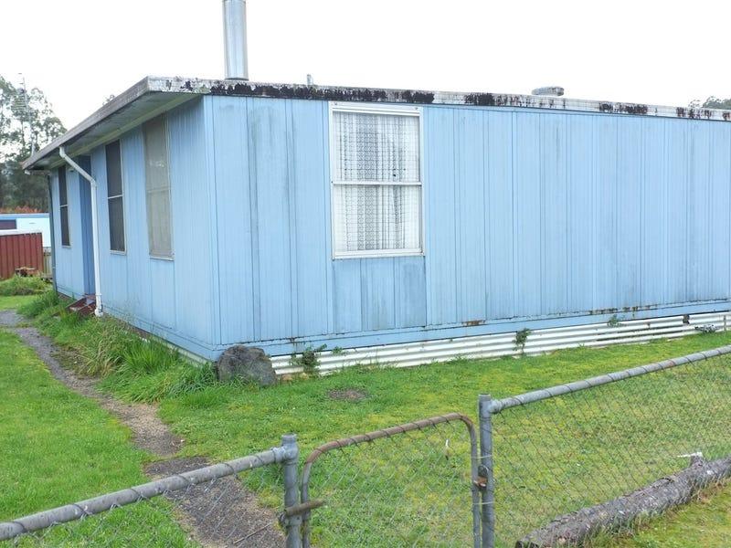 13 Kershaw Street, Tullah, Tas 7321