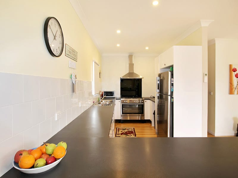 19 Rosebery Street, Tarago, NSW 2580