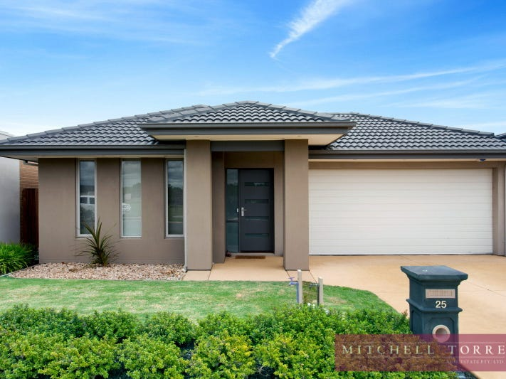25 Greenside Circuit, Sandhurst, Vic 3977