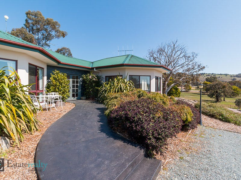 66 Carlton Drive, Bungendore, NSW 2621