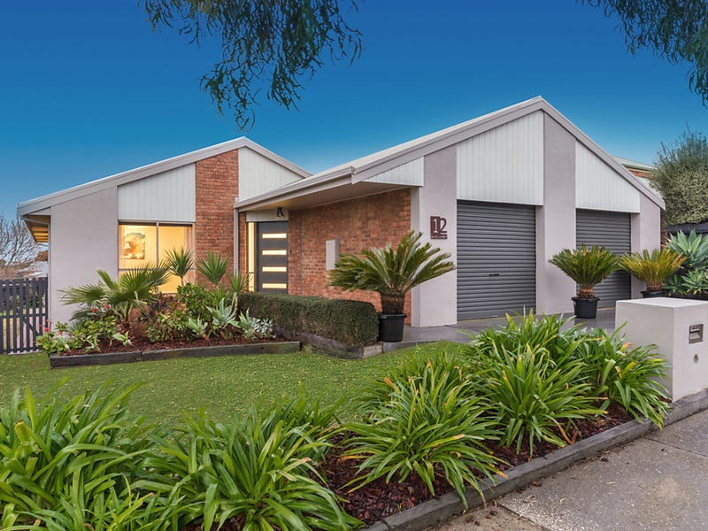 12 Burgundy Drive, Waurn Ponds, Vic 3216