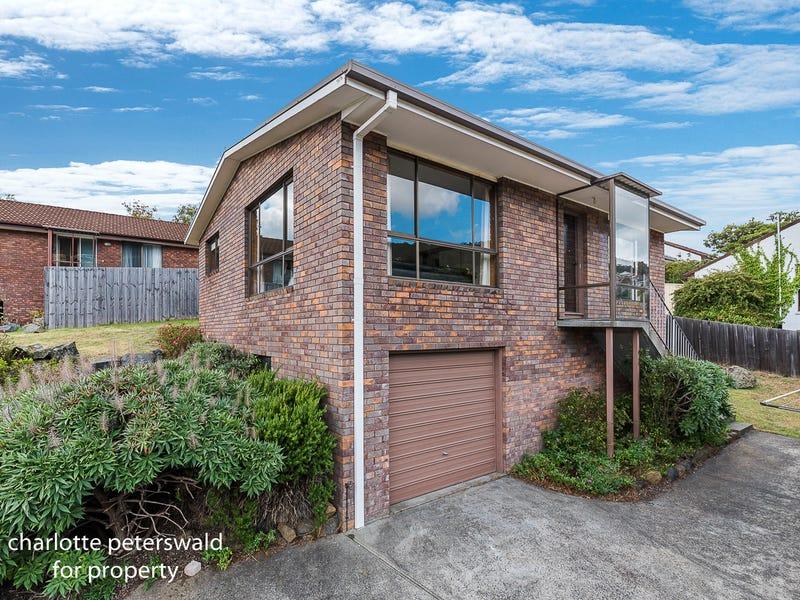 2/285 Churchill Avenue, Sandy Bay, Tas 7005