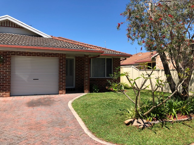2/12 Redman Place, Soldiers Point, NSW 2317