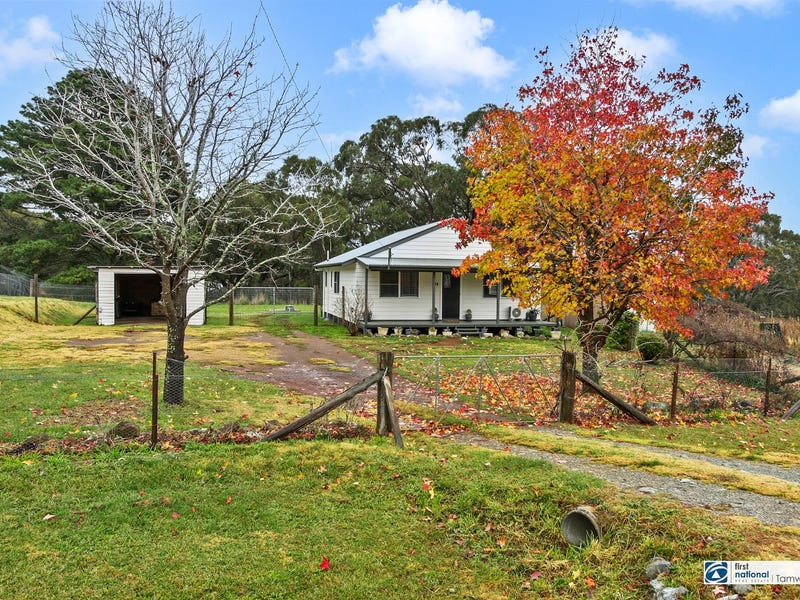 770 Barry Road, Hanging Rock, NSW 2340