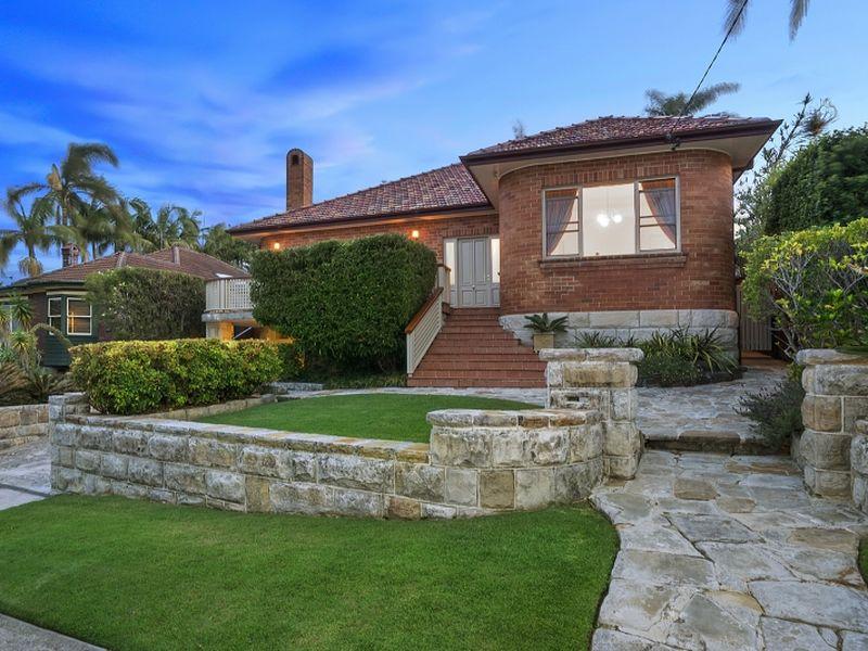 18 Eastbank Avenue, Collaroy, NSW 2097