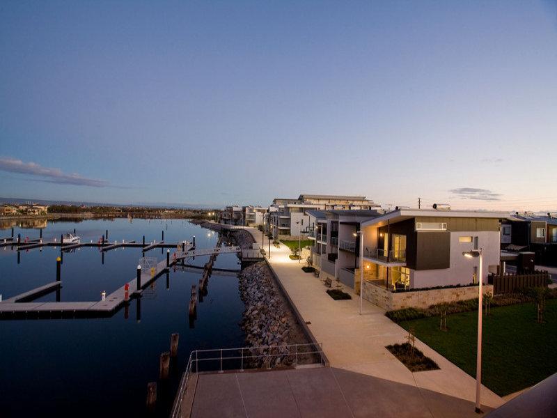 14 Parri Crescent, New Port, SA 5015