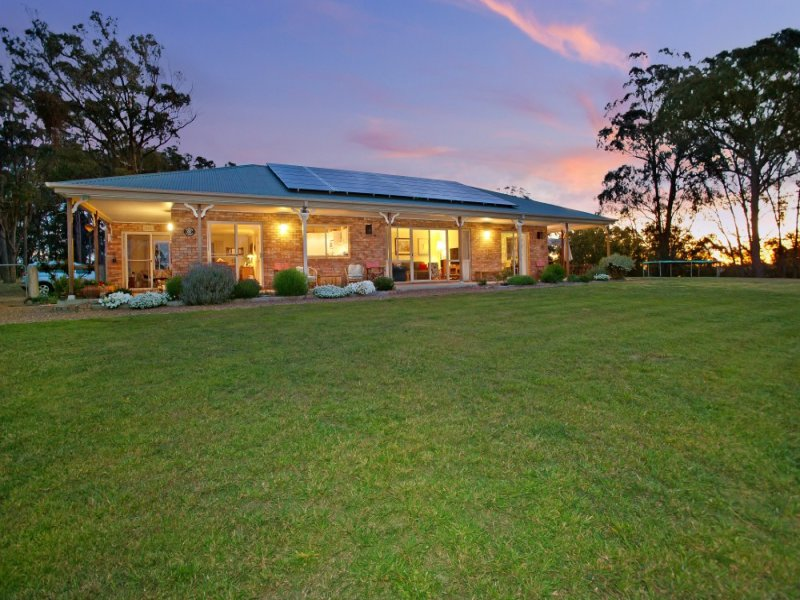 84 Ursula Road, Armidale, NSW 2350
