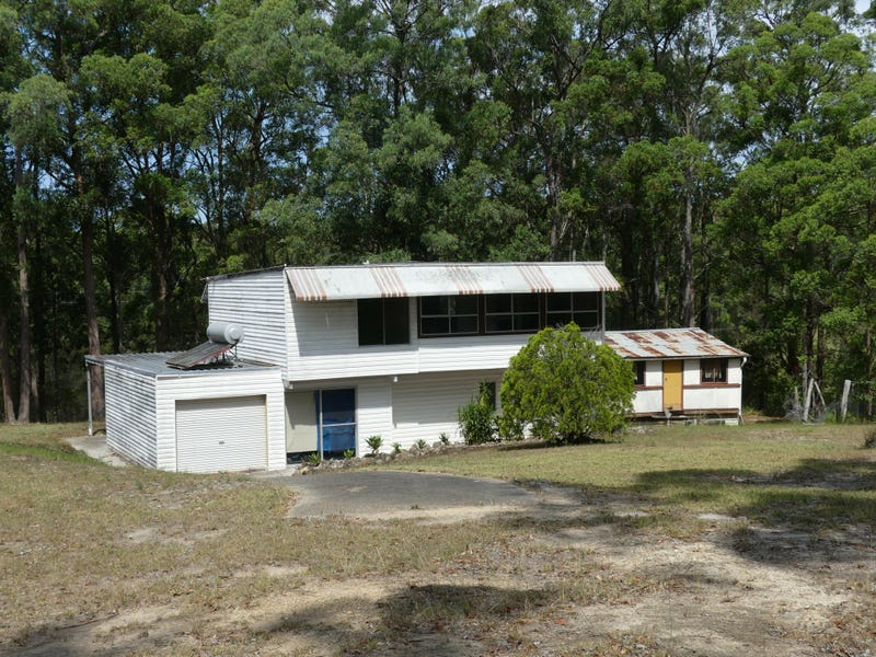 1742 The Lakes Way, Rainbow Flat, NSW 2430