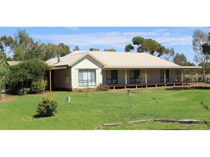 4761 Murray Valley Highway, Castle Donnington via, Swan Hill, Vic 3585