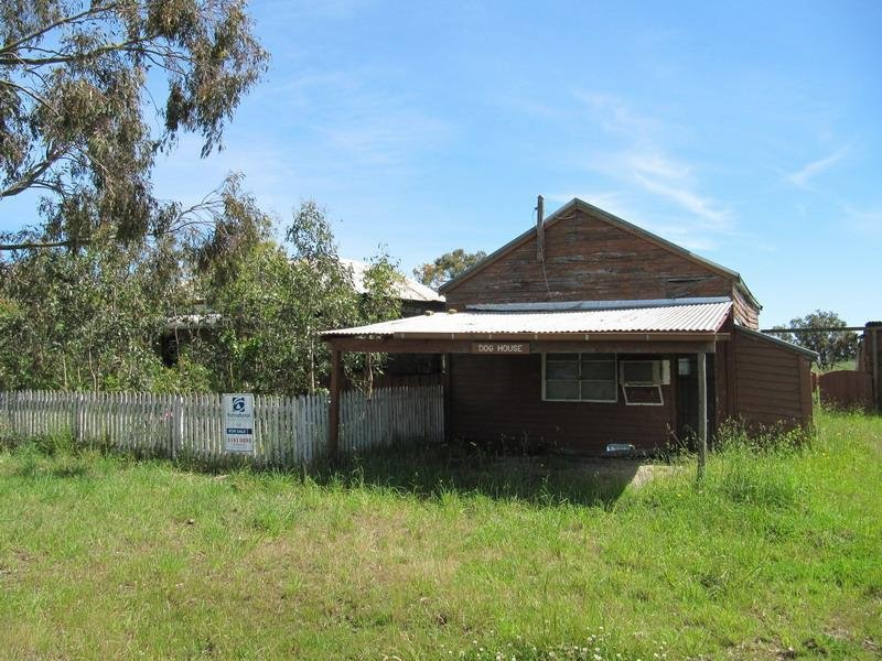 215 Nambrok Hall Road, Nambrok, Vic 3847