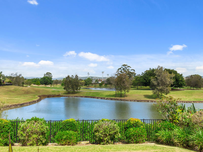 1028 Lakeview Terrace,Royal Pines Resort, Benowa, Qld 4217