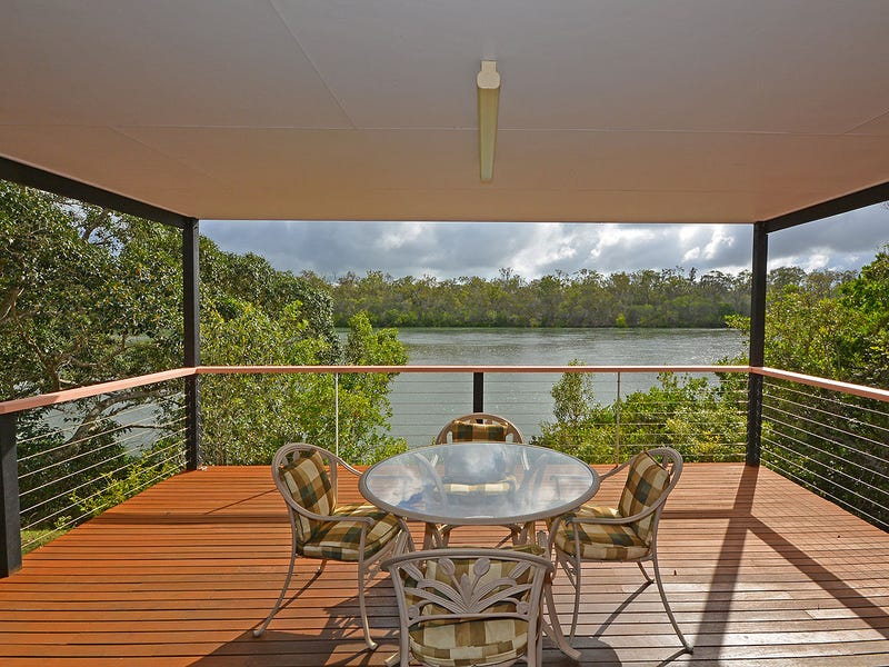 208 Pacific Haven Cct, Pacific Haven, Qld 4659