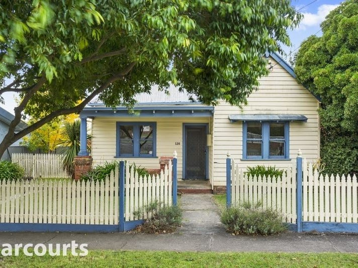 126 Burnbank Street, Lake Wendouree, Vic 3350
