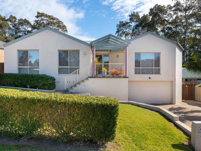 39 Thomas Mitchell Crescent, Sunshine Bay, NSW 2536
