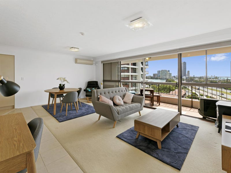 'KINGS ROW SOUTH' 18 Commodore Drive, Paradise Waters, Qld 4217