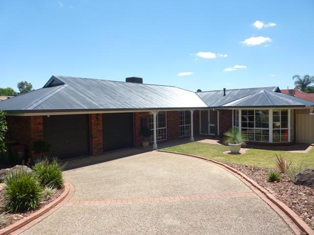 4 Golflinks Avenue, Wodonga, Vic 3690