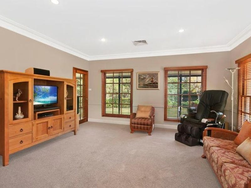 12 Equidae Close, Eleebana, NSW 2282