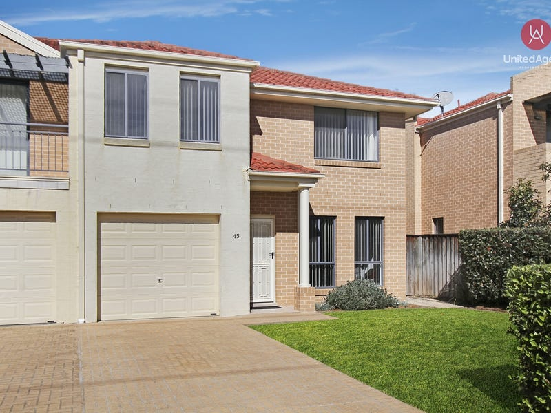 45 Coffs Harbour Avenue, Hoxton Park, NSW 2171