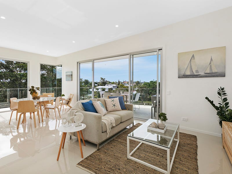 21/22 Bay Terrace, Wynnum