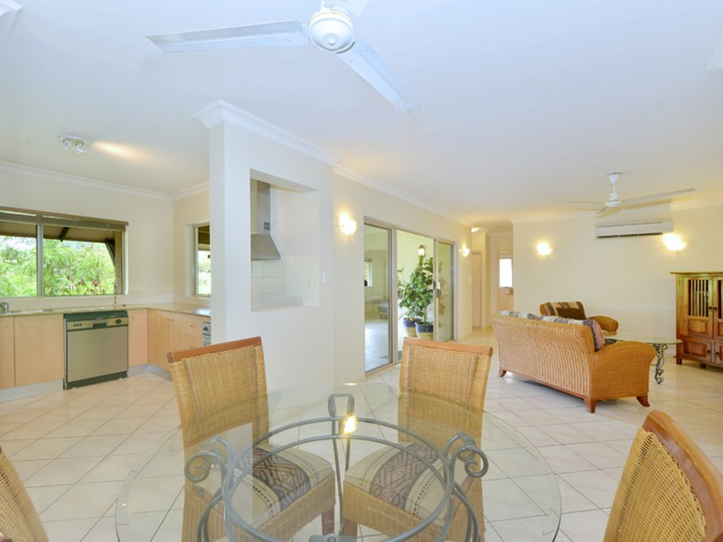 1630 2 Greenslopes Street Cairns North Qld 4870