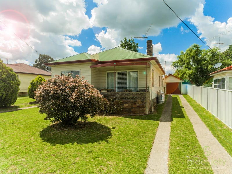 12 Duke Street, Uralla, NSW 2358
