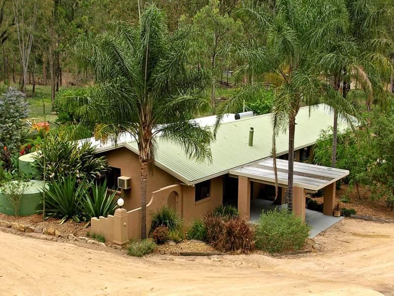 102 Koreelah Rd, Upper Lockyer, Qld 4352