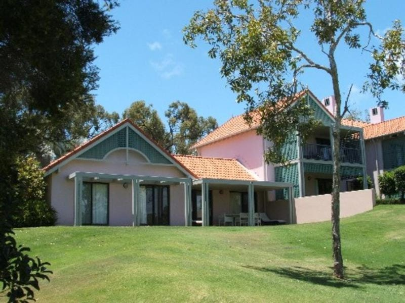 Unit 1305 Club Villas, Kunapipi Road, Laguna Quays