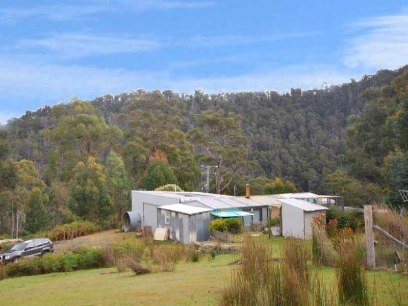 880 Back River Road, Magra, Tas 7140