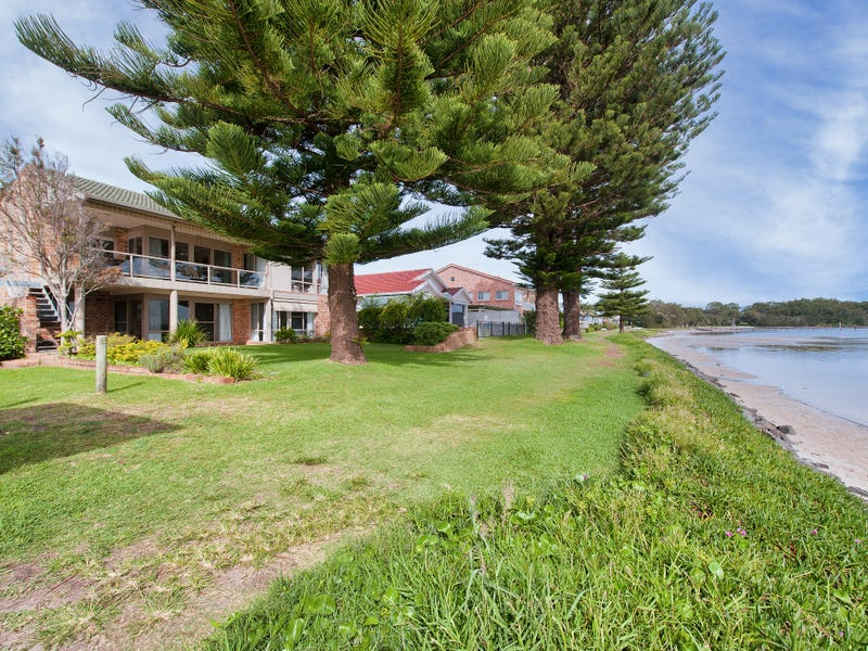 12 Sunset Boulevard, Soldiers Point, NSW 2317