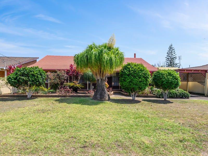 14 Moore St, Woolgoolga, NSW 2456