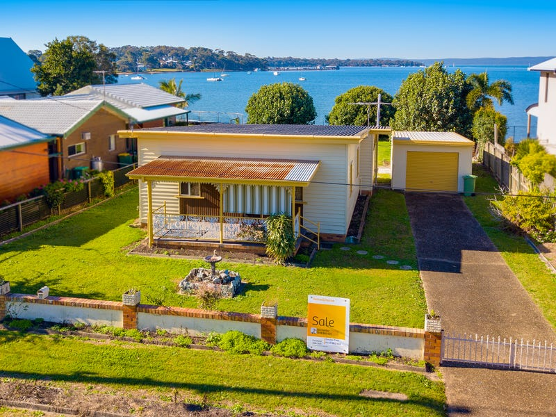 25 Base Street, Victoria Point, Qld 4165