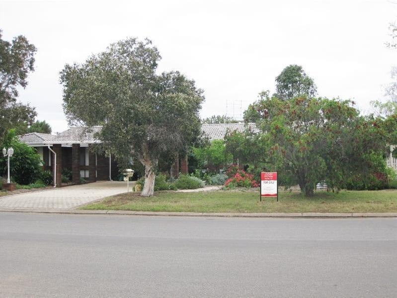 30 Stafford Street, Moora, WA 6510