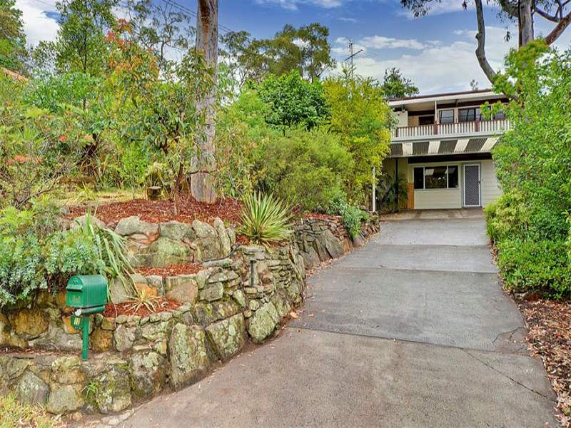 12 Greenvale Grove, Hornsby, NSW 2077