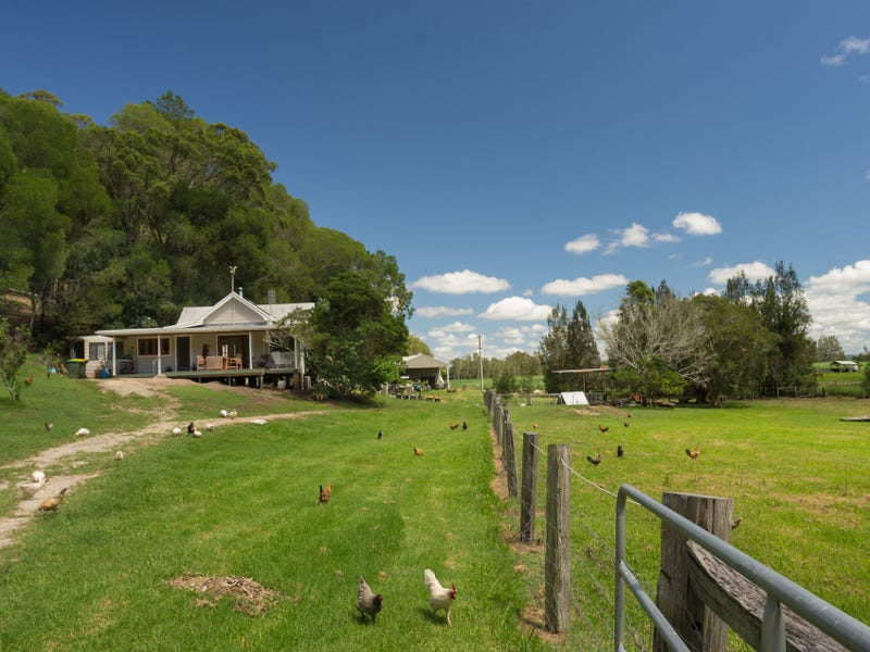 4380 Lawrence Road, Woodford Island, NSW 2463