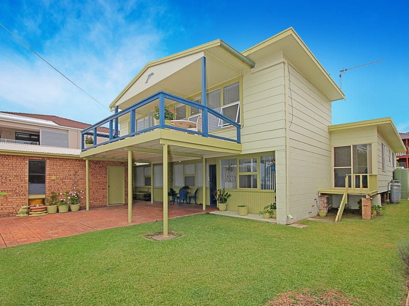 75 Mitchell Parade, Mollymook Beach, NSW 2539