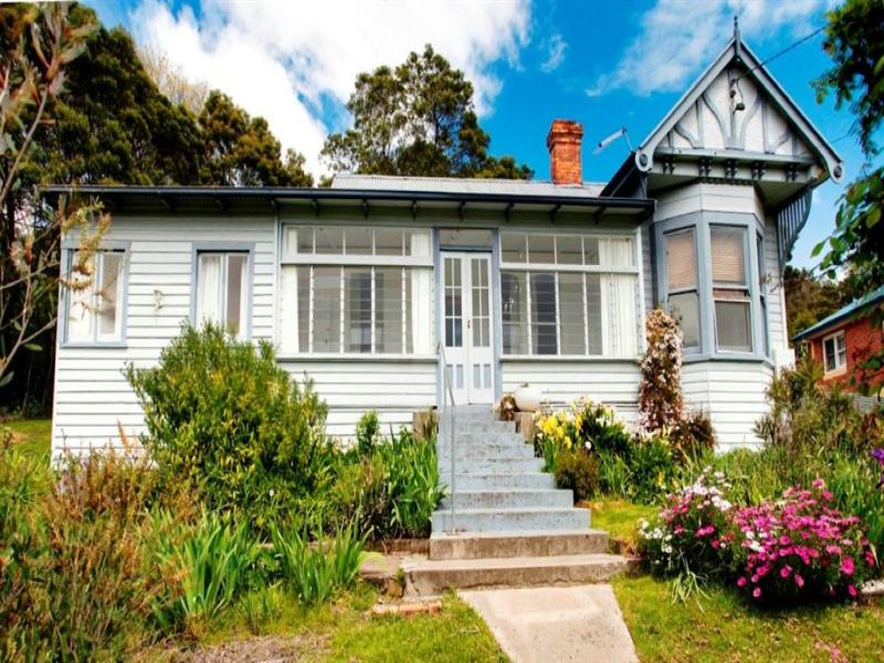 13 Main Road, Lanena, Tas 7275