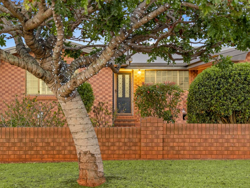28 Maplewood Drive, Darling Heights, Qld 4350
