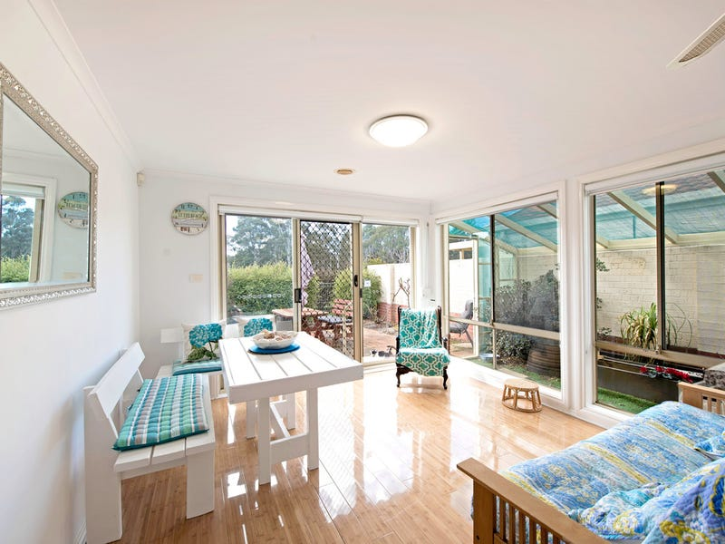 9/7 Grounds Crescent, Greenway, ACT 2900