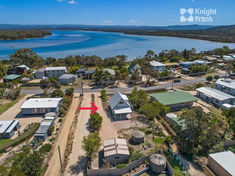21 Swanwick Drive, Coles Bay, Tas 7215