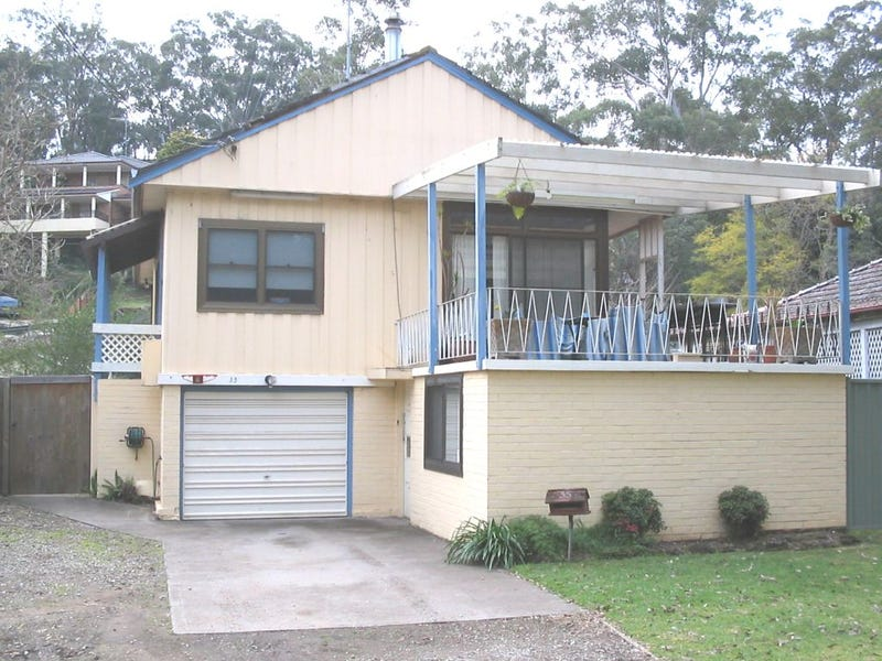 35 Carinya Road, Picnic Point, NSW 2213