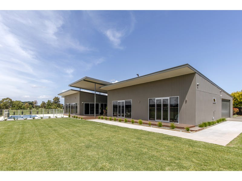 110 Somerton Park Road, Sale, Vic 3850
