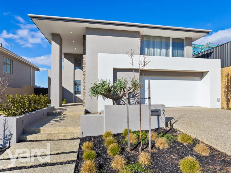 7 Sokol Way, Coogee