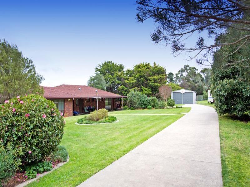 15 Monaro Drive, Tyers, Vic 3844