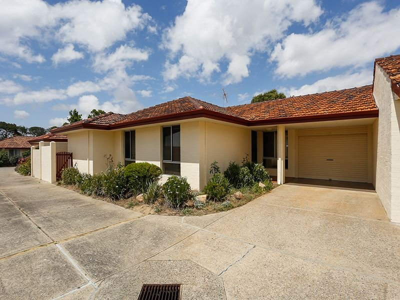 2/11 French Road, Melville, WA 6156