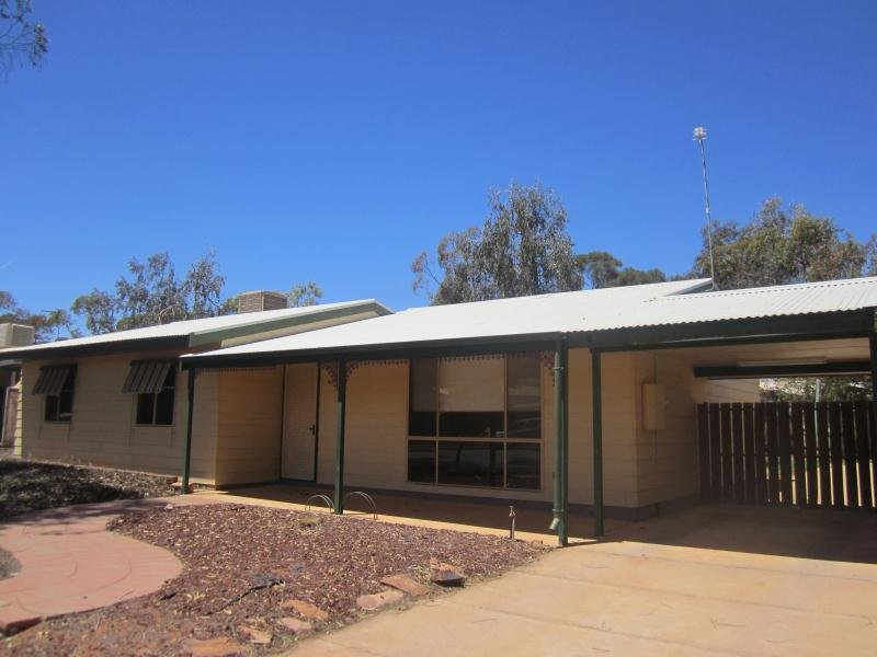 44 Pioneer Drive, Roxby Downs, SA 5725