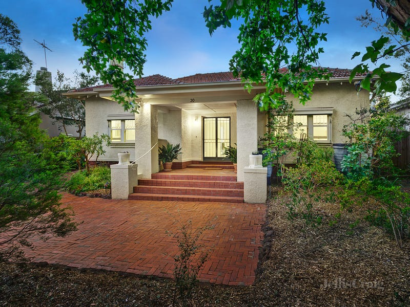 20 Orrong Crescent, Camberwell, Vic 3124