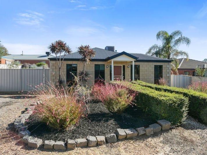 12 Goodenia Avenue, Kangaroo Flat, Vic 3555