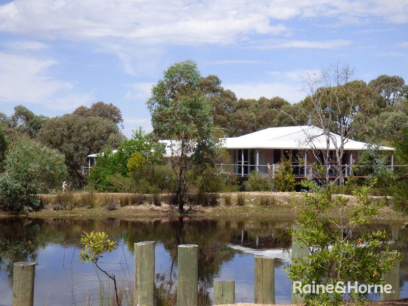 763 Karoopa Lane, Crowther, NSW 2803